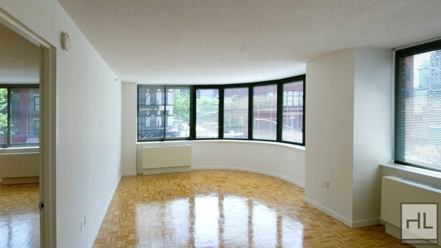Studio, Hell's Kitchen Rental in NYC for $2,572 - Photo 1