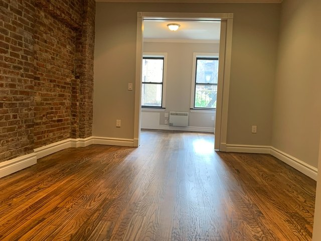 4 Bedrooms, Hell's Kitchen Rental in NYC for $3,495 - Photo 1