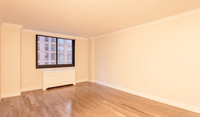 1 Bedroom, Upper East Side Rental in NYC for $2,575 - Photo 2