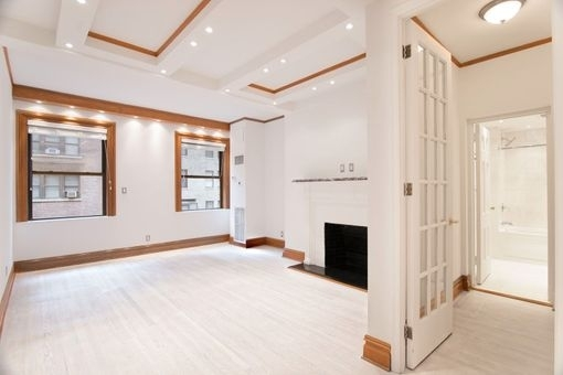Studio, Theater District Rental in NYC for $2,792 - Photo 2