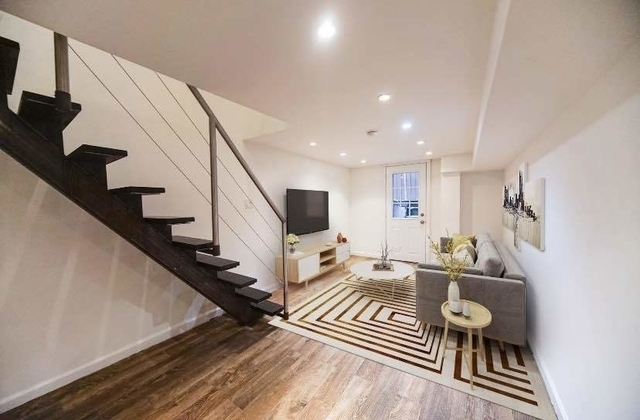 2 Bedrooms, SoHo Rental in NYC for $3,995 - Photo 2