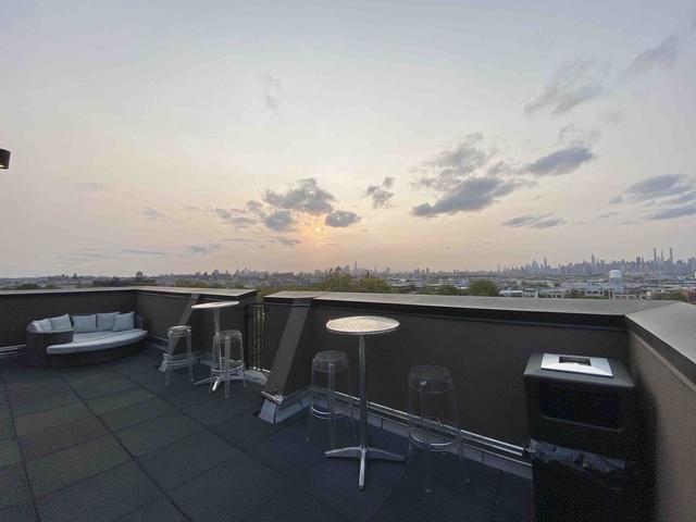 3 Bedrooms, Ridgewood Rental in NYC for $2,708 - Photo 2