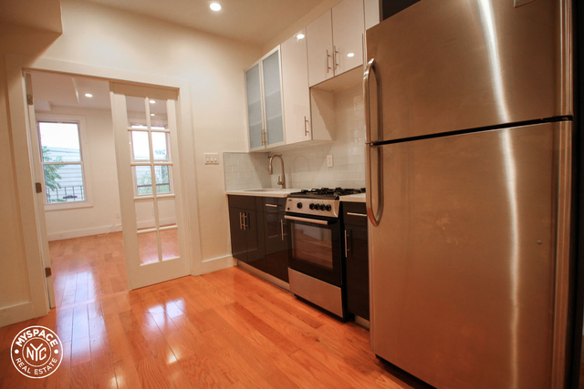 2 Bedrooms, Greenpoint Rental in NYC for $2,831 - Photo 2