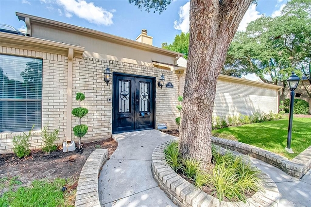 3 Bedrooms, Trenton Place Townhome Rental in Houston for $2,500 - Photo 1