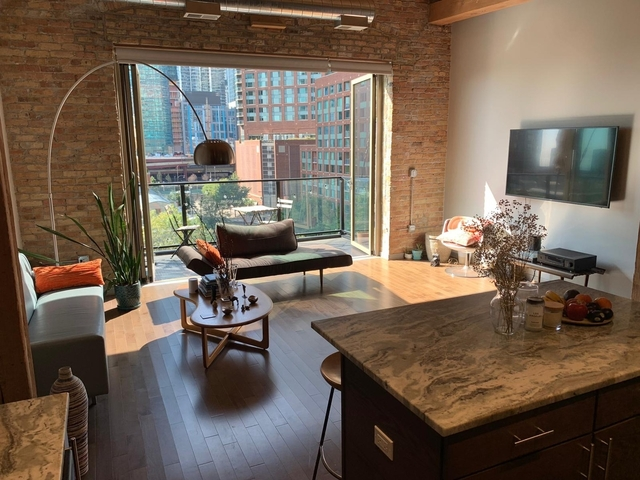 1 Bedroom, Streeterville Rental in Chicago, IL for $2,350 - Photo 1