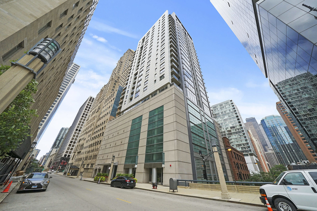 2 Bedrooms, Magnificent Mile Rental in Chicago, IL for $3,150 - Photo 1