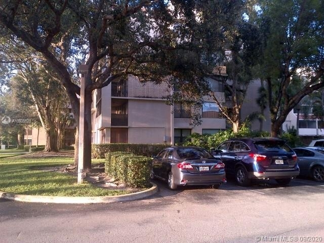 1 Bedroom, Plantation Place Condominiums Rental in Miami, FL for $1,250 - Photo 1