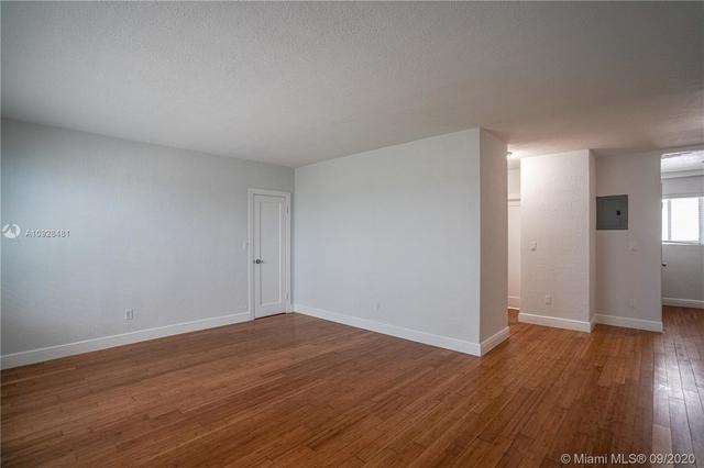 1 Bedroom, Altos Del Mar South Rental in Miami, FL for $1,325 - Photo 2