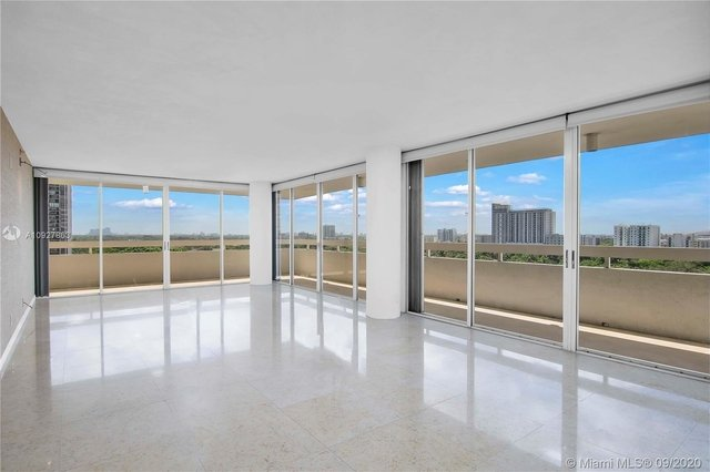 3 Bedrooms, Millionaire's Row Rental in Miami, FL for $4,300 - Photo 2