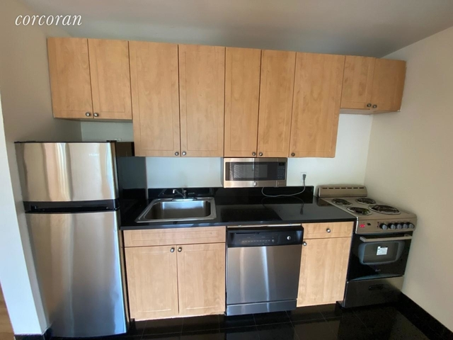 2 Bedrooms, Alphabet City Rental in NYC for $3,912 - Photo 2