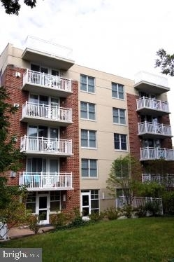 2 Bedrooms, Radnor - Fort Myer Heights Rental in Washington, DC for $2,150 - Photo 1