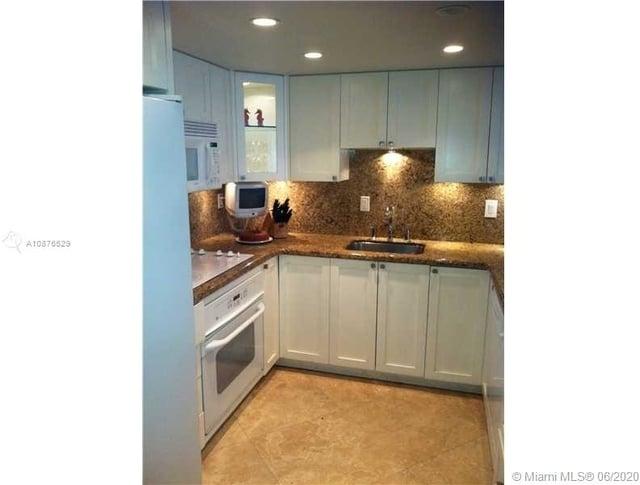 2 Bedrooms, Grapetree Beach Rental in Miami, FL for $4,500 - Photo 1