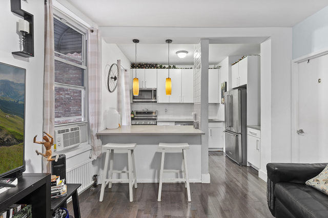 3 Bedrooms, Hamilton Heights Rental in NYC for $2,800 - Photo 2