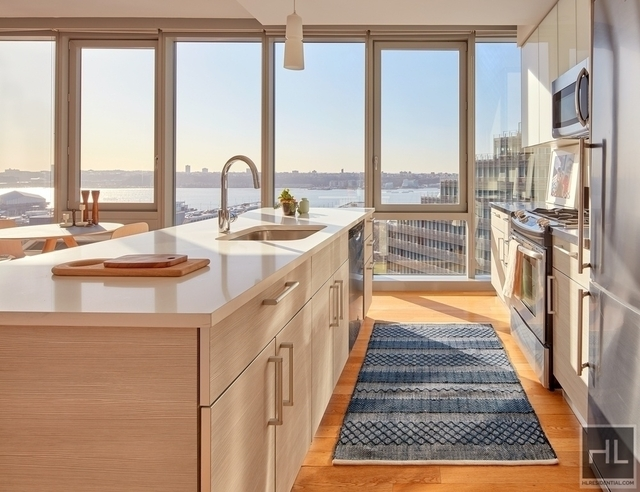 2 Bedrooms, Hell's Kitchen Rental in NYC for $5,063 - Photo 2