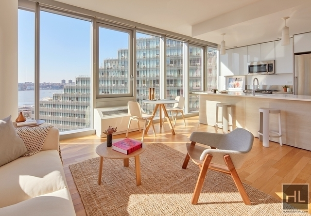 2 Bedrooms, Hell's Kitchen Rental in NYC for $5,063 - Photo 1