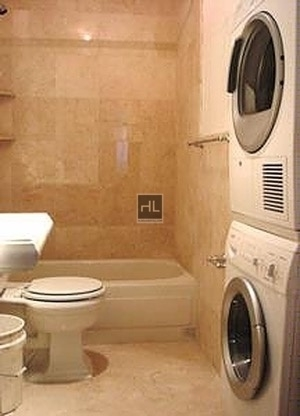 2 Bedrooms, Turtle Bay Rental in NYC for $3,329 - Photo 2