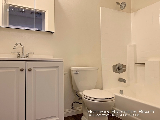 2 Bedrooms, Mariposa Rental in Los Angeles, CA for $2,195 - Photo 2