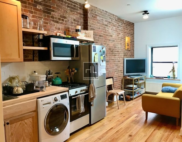 2 Bedrooms, Hamilton Heights Rental in NYC for $2,595 - Photo 2