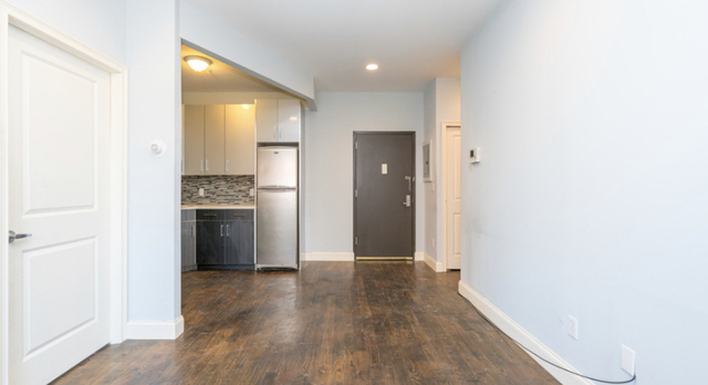 2 Bedrooms, Bushwick Rental in NYC for $2,095 - Photo 2