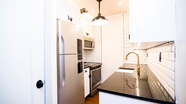 2 Bedrooms, Bedford-Stuyvesant Rental in NYC for $2,820 - Photo 2
