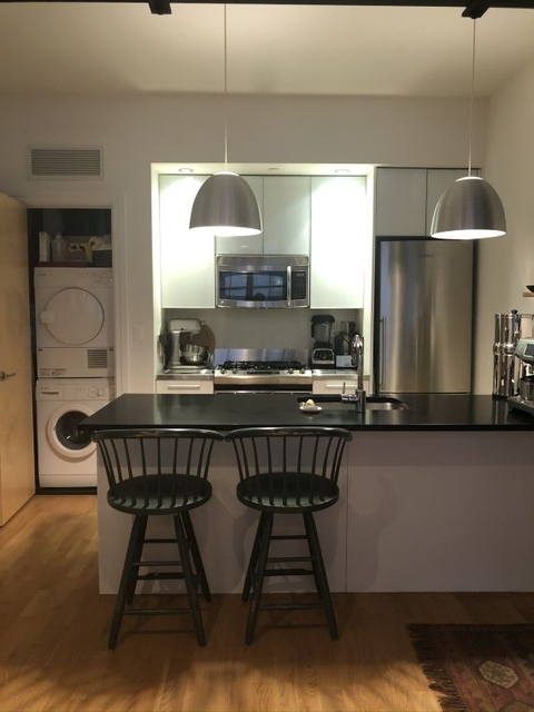 1 Bedroom, DUMBO Rental in NYC for $3,348 - Photo 2