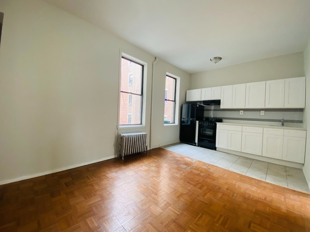 2 Bedrooms, Alphabet City Rental in NYC for $2,550 - Photo 1