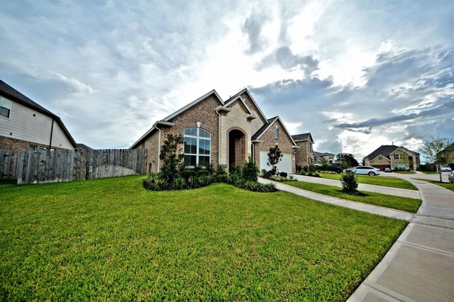 4 Bedrooms, Sugar Land Rental in Houston for $2,500 - Photo 2