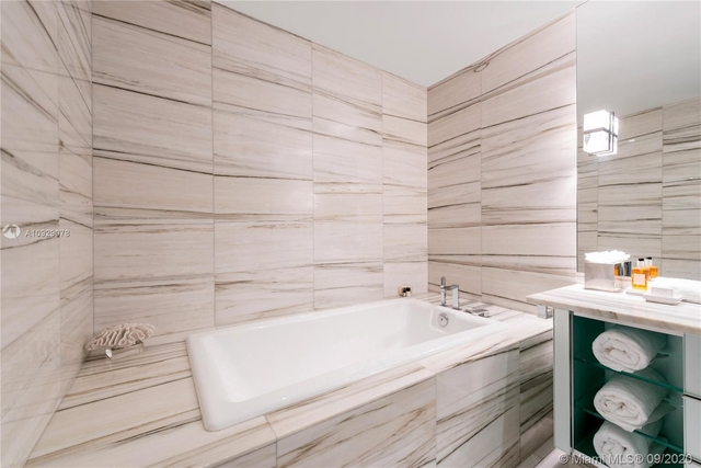 3 Bedrooms, City Center Rental in Miami, FL for $35,000 - Photo 1