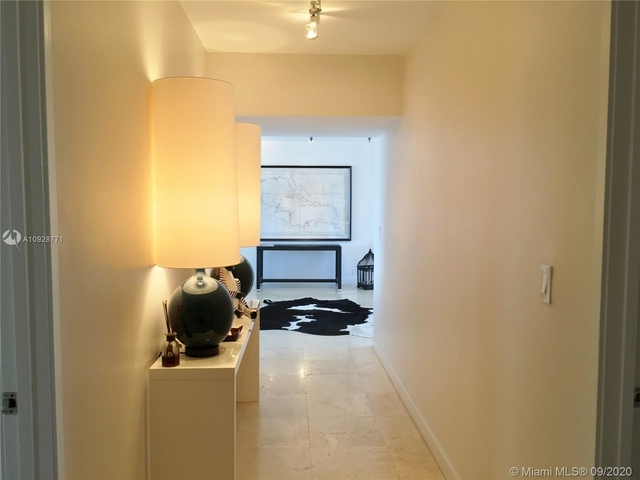2 Bedrooms, Millionaire's Row Rental in Miami, FL for $4,000 - Photo 1