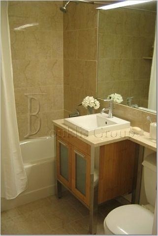1 Bedroom, Financial District Rental in NYC for $3,346 - Photo 2