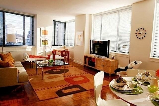 1 Bedroom, Battery Park City Rental in NYC for $3,662 - Photo 2