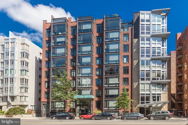 2 Bedrooms, Logan Circle - Shaw Rental in Washington, DC for $2,750 - Photo 1