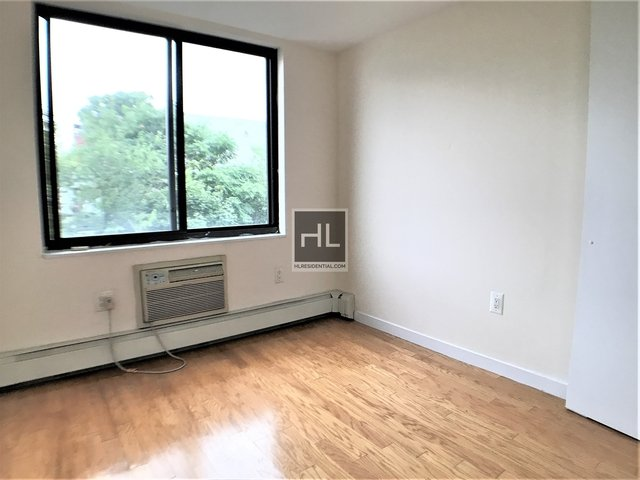 2 Bedrooms, East Williamsburg Rental in NYC for $2,675 - Photo 2