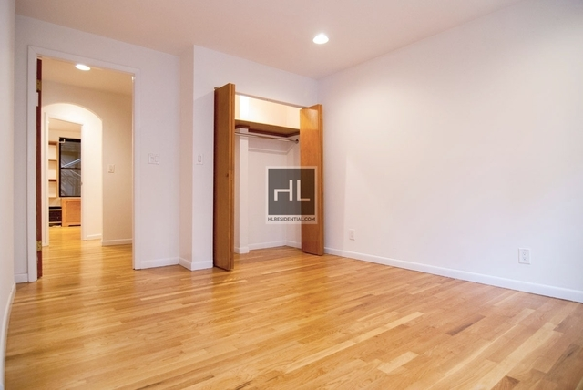 1 Bedroom, Theater District Rental in NYC for $3,117 - Photo 2