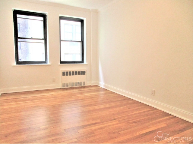 2 Bedrooms, Turtle Bay Rental in NYC for $2,887 - Photo 1