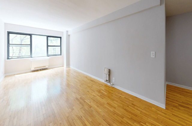 4 Bedrooms, Grand Boulevard Rental in Chicago, IL for $5,996 - Photo 1