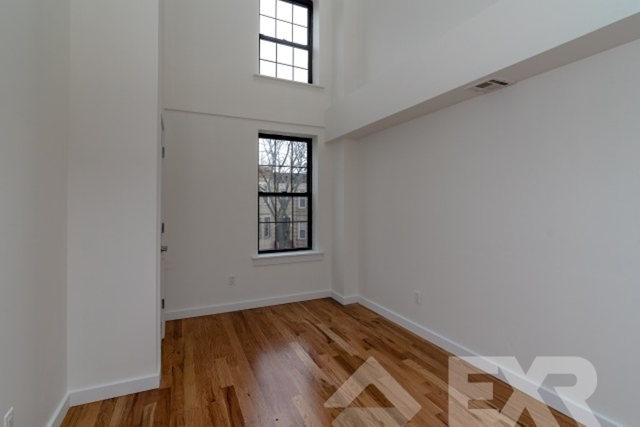 4 Bedrooms, Bushwick Rental in NYC for $2,995 - Photo 1