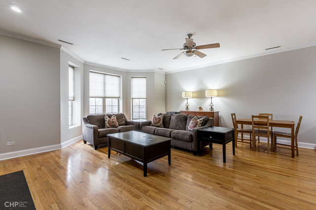 2 Bedrooms, Roscoe Village Rental in Chicago, IL for $2,250 - Photo 2