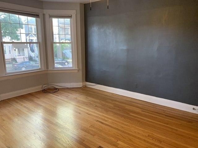 2 Bedrooms, Roscoe Village Rental in Chicago, IL for $1,825 - Photo 2