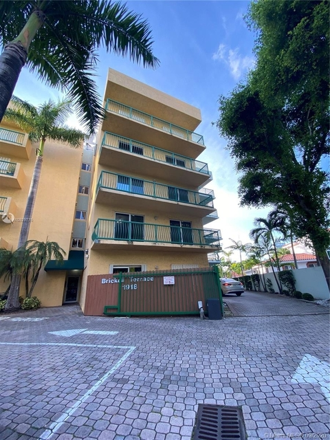 1 Bedroom, Brickell Rental in Miami, FL for $1,700 - Photo 2