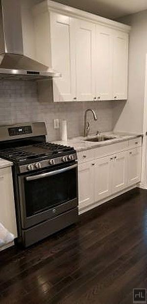2 Bedrooms, Ridgewood Rental in NYC for $2,250 - Photo 2