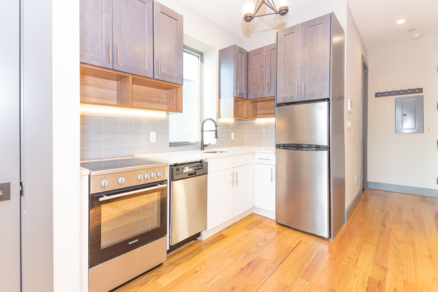 1 Bedroom, Williamsburg Rental in NYC for $2,675 - Photo 2