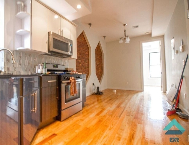 4 Bedrooms, Crown Heights Rental in NYC for $3,300 - Photo 1