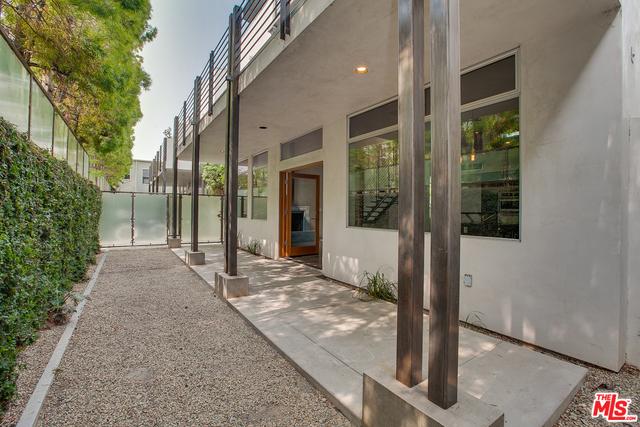 2 Bedrooms, Oakwood Rental in Los Angeles, CA for $9,000 - Photo 2