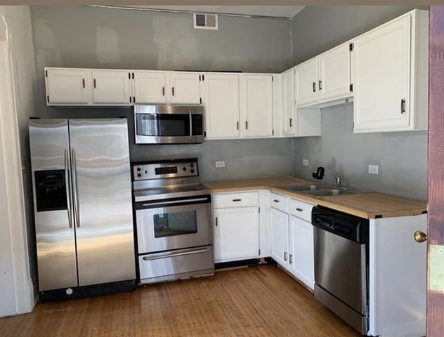 1 Bedroom, North Kenwood Rental in Chicago, IL for $1,400 - Photo 2