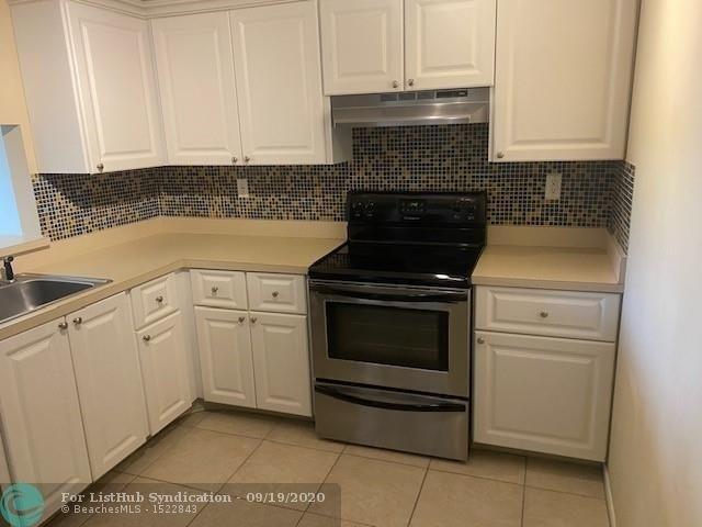 1 Bedroom, Pine Island Villas Condominiums Rental in Miami, FL for $1,325 - Photo 2