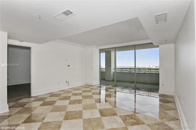 2 Bedrooms, Northeast Coconut Grove Rental in Miami, FL for $5,750 - Photo 2