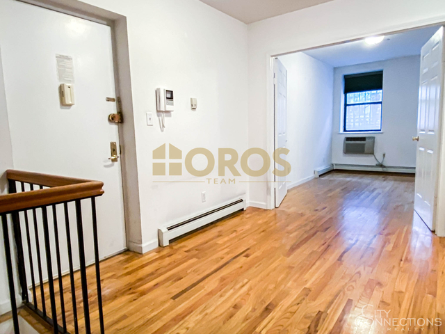 3 Bedrooms, Alphabet City Rental in NYC for $3,700 - Photo 2