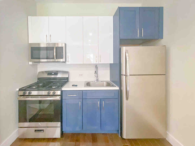 Studio, Greenpoint Rental in NYC for $2,100 - Photo 2