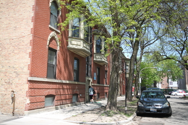 2 Bedrooms, Roscoe Village Rental in Chicago, IL for $1,689 - Photo 1
